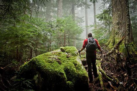 lost hikers    die