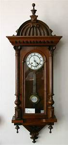Antique Clocks, Chicago - repair and sales, fair pricing