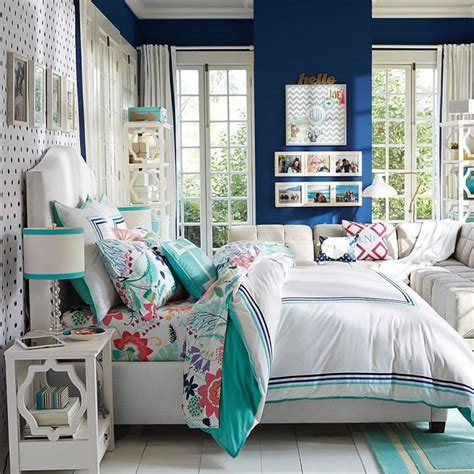12 Perfect And Calming Bedroom Ideas For Women Interior