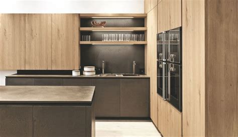 cuisine bois clair moderne cuisine contemporaine avec ilot 13 cuisine en bois bois