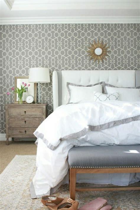 schöne tapeten für schlafzimmer trendige tapeten ideen f 252 r jeden raum archzine net