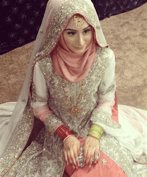 baju pesta muslim pasangan model baju pengantin india yang paling digemari di