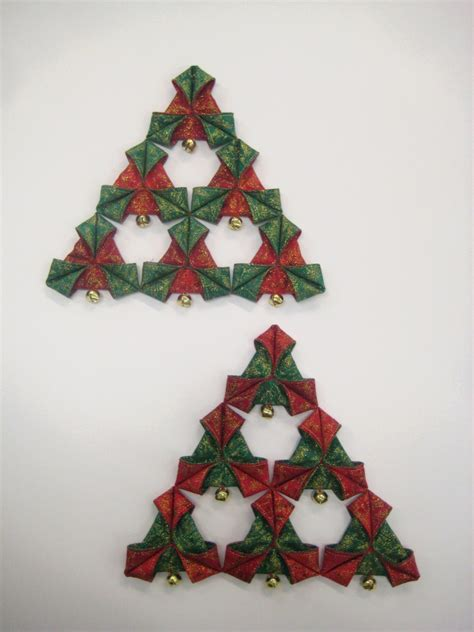 christmas triangles decoration  pattern oliven