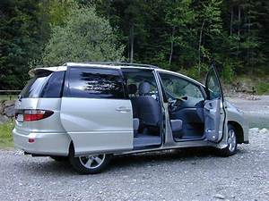 Toyota Previa Occasion : essai toyota previa 2000 l 39 avant garde du segment monospace ~ Gottalentnigeria.com Avis de Voitures