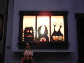 Easy DIY Halloween Window Decorations