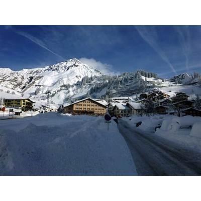 Epic Conditions at Arlberg Austria - SnowBrains.com