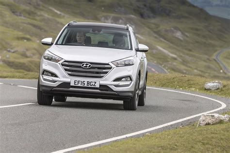 Hyundai Car : Hyundai Tucson 1.7 Crdi (2015) Review By Car Magazine