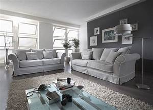 Sofa Hussen : romantisches hussen sofa im chesterfield stil ~ Pilothousefishingboats.com Haus und Dekorationen