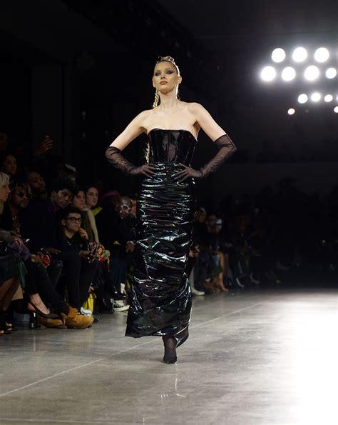 elsa hosk  laquan smith runway show   york fashion