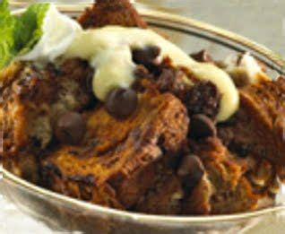 High end fancy cocoa powders like valhrona will result in a really dynamic, flavorful chocolate pudding, whereas grocery store staples like hershey's will have a simpler flavor more in line with the taste of get fresh recipes, cooking tips, deal alerts, and more! Meemo's Kitchen: HOTEL HERSHEY CHOCOLATE BREAD PUDDING   Chocolate bread pudding, Bread pudding ...