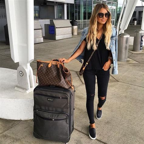 25+ best ideas about Airport outfits on Pinterest | Basic outfits Black coat outfit and Kendall ...
