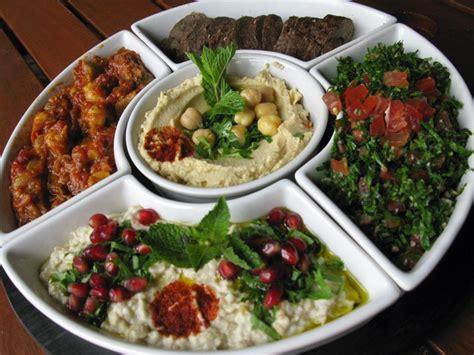 cuisine à composer tout ce qu il faut savoir sur le mézzés cuisine libanaise