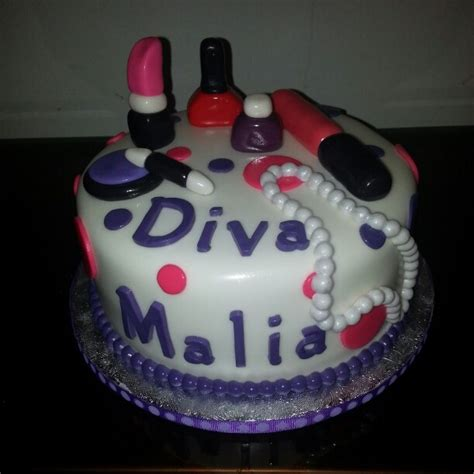 Divas Cake Decorations by 17 Best Images About Cake Decorating Ideas On