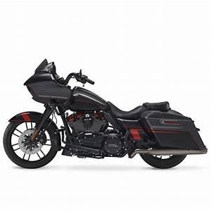 Harley Davidson Touring  2018    Repair