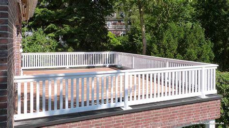 Edelstahlgeländer Nach Maß by Gel 228 Nder F 252 R Balkon Terrasse Und Treppe Wei 223 Oder Ral Lackiert