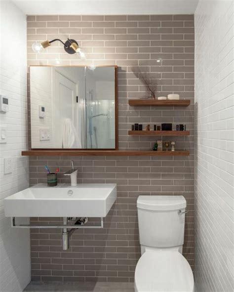 carrelage pas cher salle de bain carrelage salle de bain en beige et blanc plafonnier