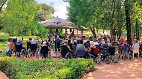 villa fiorita spinea l estate a spiena gli anziani si ritrovano nelle ville