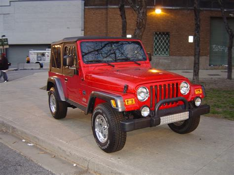 jeep cars red red jeep trucks jeeps and suvs car pictures by carjunky