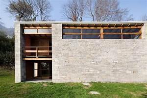Isola Comacina  La Casa Atelier Progettata Da Pietro