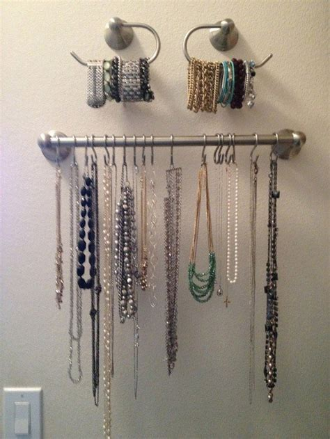 awesome  easy ways  organize  jewelry