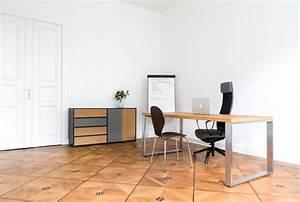 Industrial Design Möbel : b roausstattung die industrial design mit warmen holzt nen vebindet industrial ~ Markanthonyermac.com Haus und Dekorationen