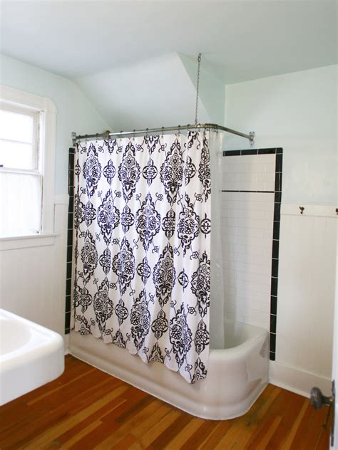 diy adventure  bathroom renovation oinkety