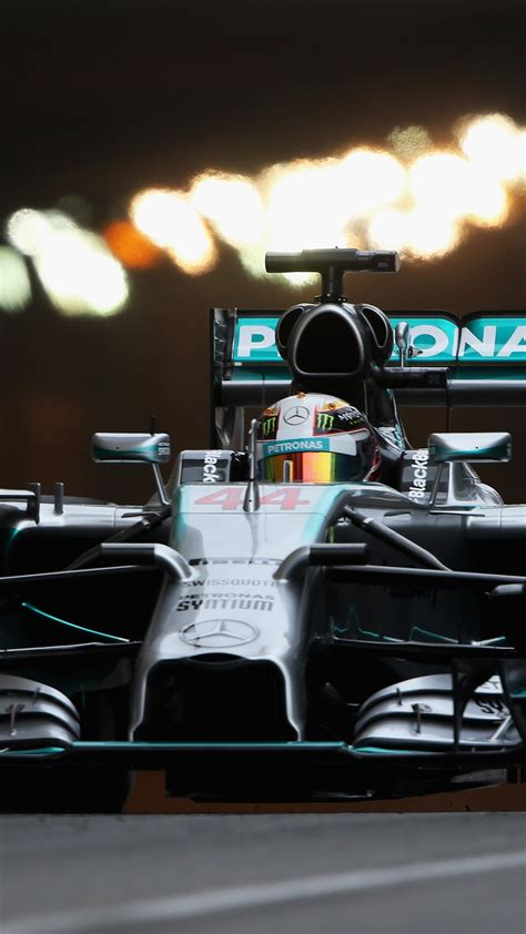 We've gathered more than 5 million images uploaded by our users. Lewis Hamilton Wallpaper Iphone X