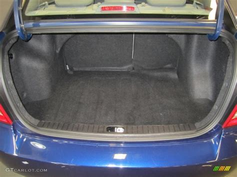Hyundai Accent Trunk Space by 2009 Hyundai Accent Gls 4 Door Trunk Photo 39613977