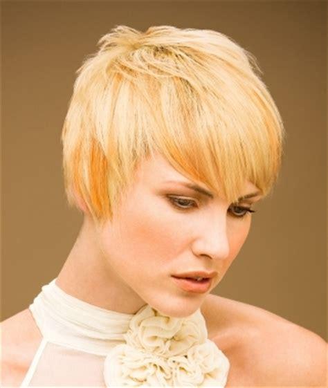flirty short hair styles
