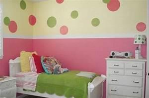 Wandgestaltung Kinderzimmer Mädchen : kinderzimmer streichen wandgestaltung idee design tafel bunt kommode kinderzimmer ideen ~ Sanjose-hotels-ca.com Haus und Dekorationen
