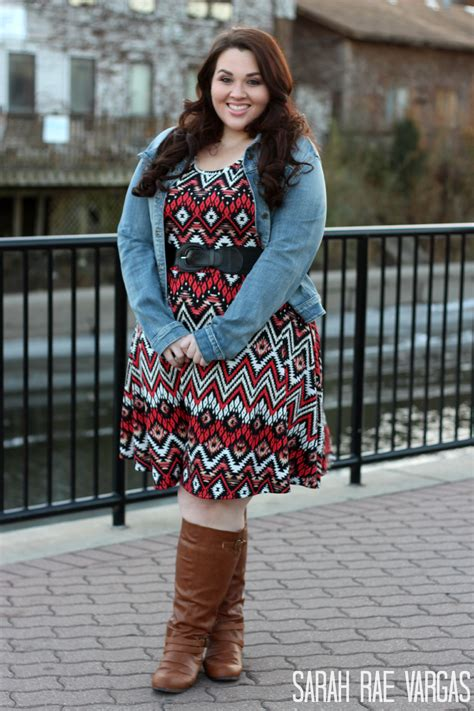 6 Slimming Style Tips for Curvy Women | Calf boots ...