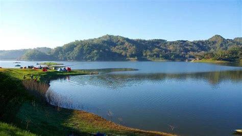 tempat wisata populer  kulon progo lokasinya dekat