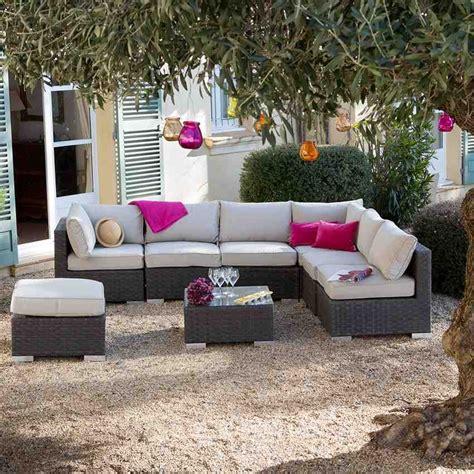 canapé jardin canapé de jardin chilling déco inspiration