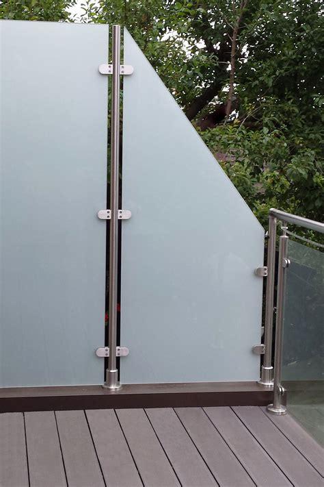 windschutz aus glas der windschutz transvent aus glas eignet sich auch f 252 r