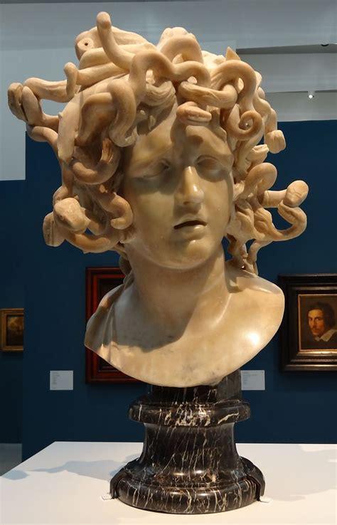 Méduse Gian Lorenzo Bernini Musée du Capitol (et -Louvre ...