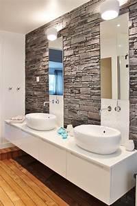 renovation zen maison typique annees 70 agence architecte With salle de bain avec pierre de parement
