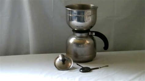 For years, coffee had been brewed simply by boiling coffee grounds in water. VINTAGE NICRO STAINLESS STEEL VACUUM COFFEE MAKER POT - YouTube