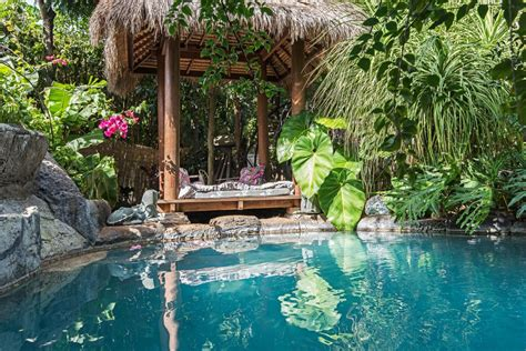 hawaii romantic getaways manoa valley weekend oahu private inn beaches hi room crazy thecrazytourist tourist