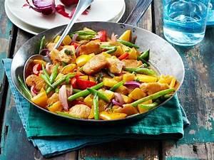 Leichte Salate Rezepte : schnelle leichte gerichte chefkoch beliebte gerichte und rezepte foto blog ~ Frokenaadalensverden.com Haus und Dekorationen