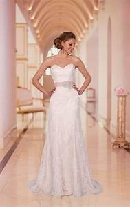 Wedding dresses slim wedding dresses stella york for Slim wedding dresses