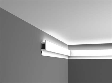 Corniche éclairage Indirect C383 Plafond Luxxus Orac Decor