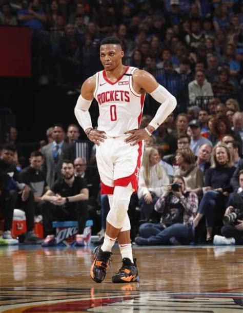What Pros Wear Russell Westbrook Returns To Oklahoma City