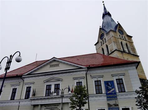 Tara Sutaria - Wikipedia
