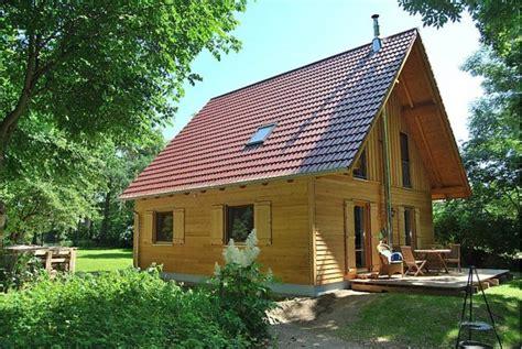 Haus Am See  Ferienhaus In Neuruppin Mieten