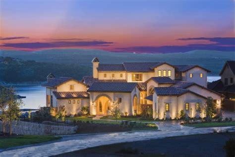 utterly luxurious mediterranean mansion exterior designs     jaw drop