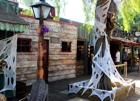 halloween family fun  knotts camp spooky