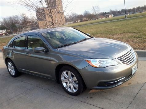 Chrysler 200 Touring 2011 by Stock 2011 Chrysler 200 Touring 1 4 Mile Trap Speeds 0 60