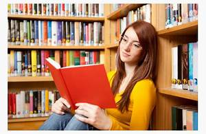 teen-reading-in-library