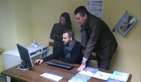 ufficio informagiovani ceccano riavviato l ufficio informagiovani un aiuto per