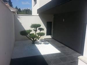 luxe entree maison exterieur l39idee d39un tapis de bain With entree de maison contemporaine